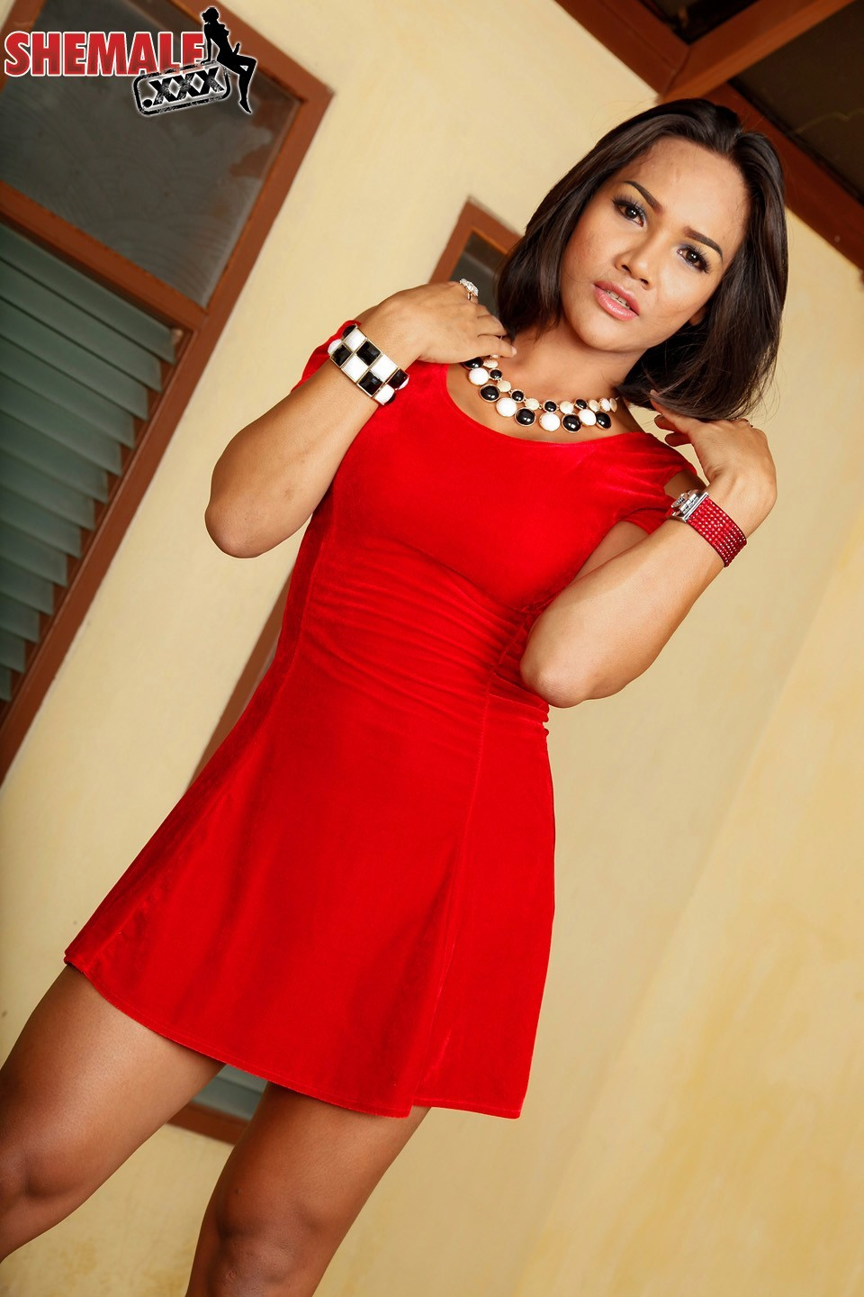 Ao Is A Voluptuous And Filthy Girl Whos Versatile And Desires Romanti