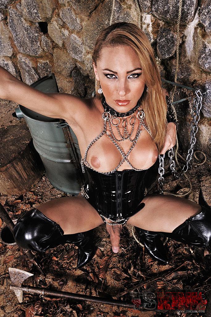 Kinky Tgirl Mistress Mylena Bysmark