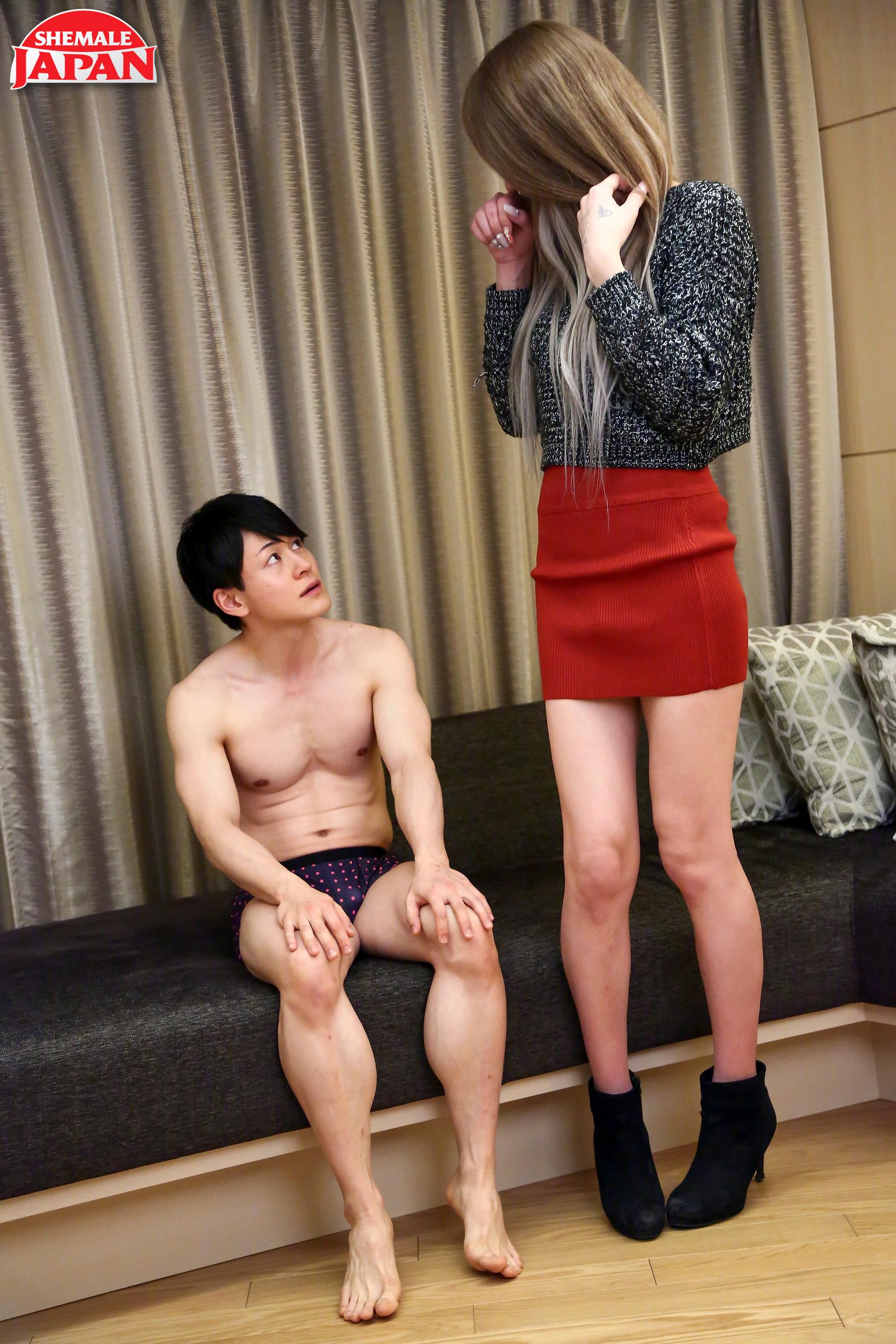 Meika Kuroki Gets Her Butt Pounded!