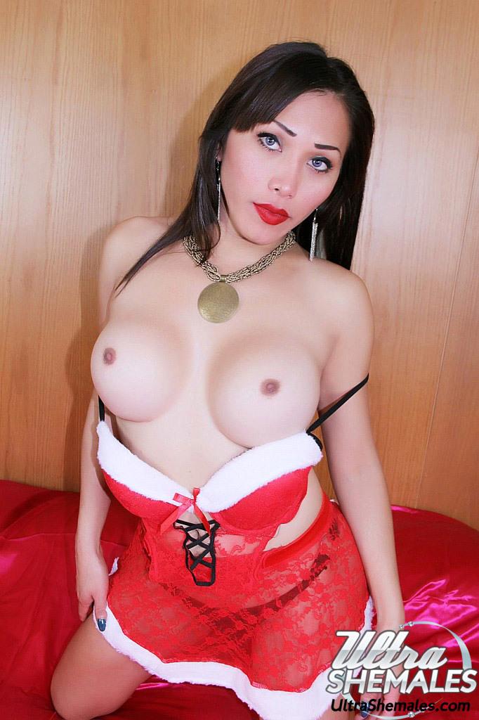 Racy Thai Femboy Is A Nasty Santa Girl