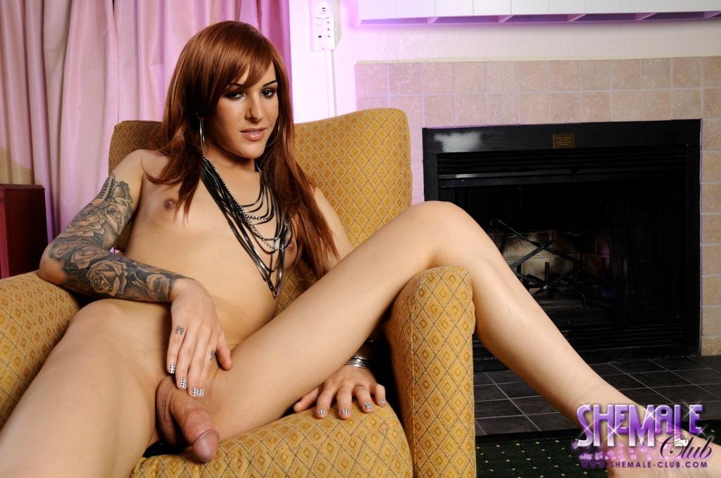 Splendid Ryder Monroe Posing On The Couch