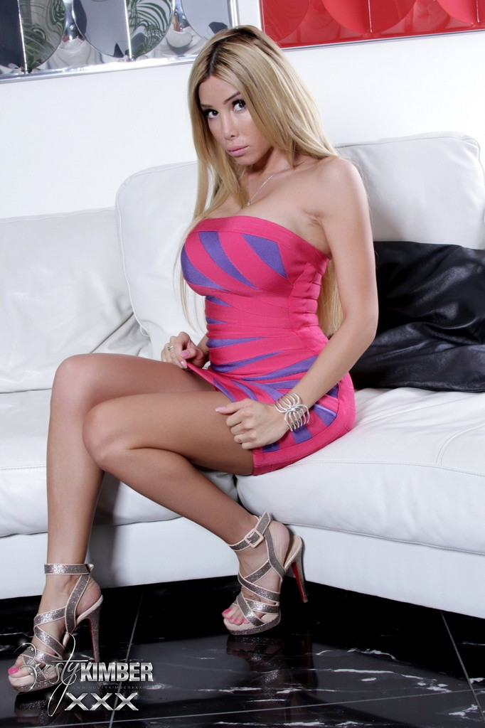 Steamy Kimber Strips And Fingers