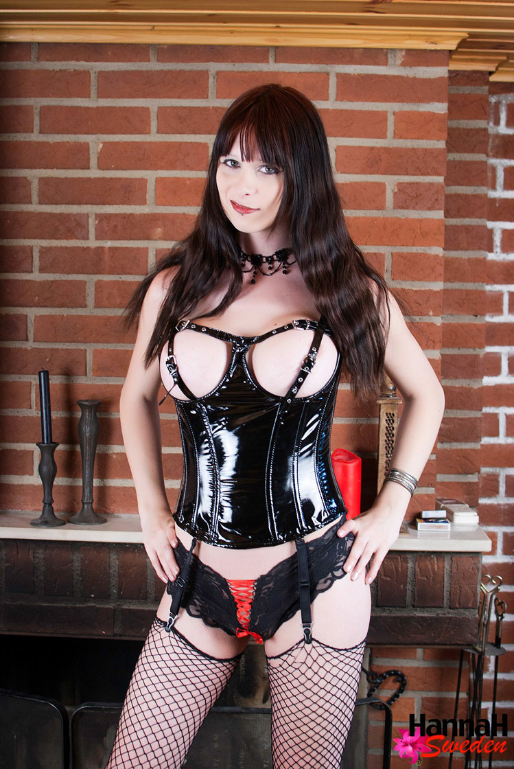 TGirl Hannah Sweden In Latex Bustie And Fishnet Stockings