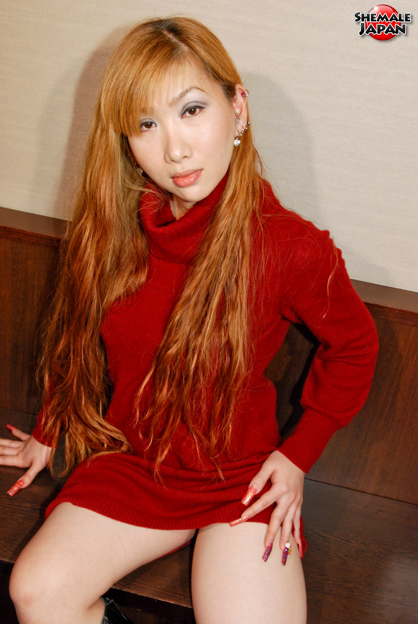 TGirl Japan: Sayaka – Busty Japanese Shemale!