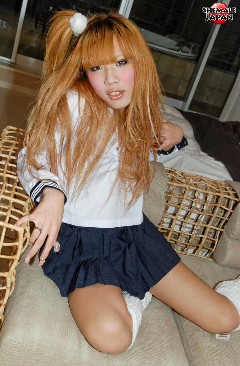 Tranny Japan: Reina - Slutty Teen Newhalf!
