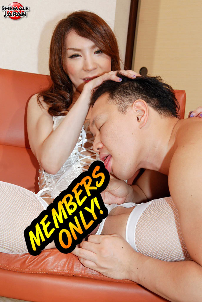 Yuu Kakisaki Desires Sex. Her Favorite Ways Of Having Sex Incl